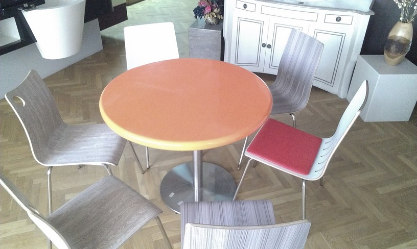 Stainless Chairs & Socle